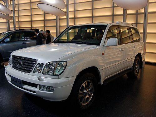 雷克萨斯顶级豪华SUV-LX570已闪耀亮相