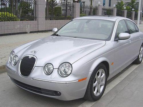 体验一代名车风范--试驾捷豹S-Type