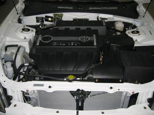 2.0排量的尊驰和比亚迪F6