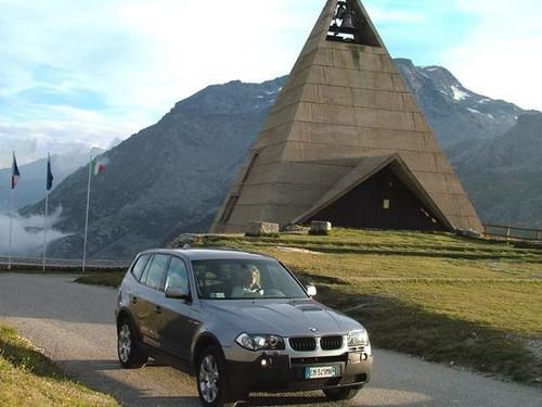 """BMW频打限量上市牌 品牌""""落地""""正当时"""