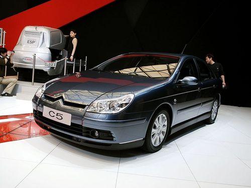 神龙第二工厂六月试生产 第一款产品C5