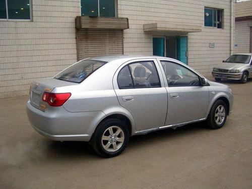 售价5.88万元起 天津一汽推出三款新威志