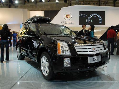 凯迪拉克昂首步入英国皇家汽车俱乐部