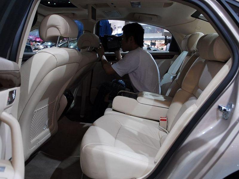 通用别克 林荫大道3.6l旗舰版车厢座椅1223307 高清图片