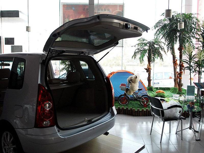 海马汽车 新普力马1.85座自动豪华型其它与改装1236714高清图片