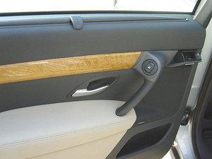 威赛帝车厢座椅高清图片