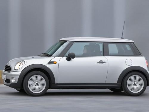 靓丽的小车 5款女性魅力专属座驾导购