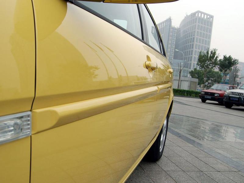 北京现代 雅绅特1.4 自动豪华型其它与改装1308289高清图片