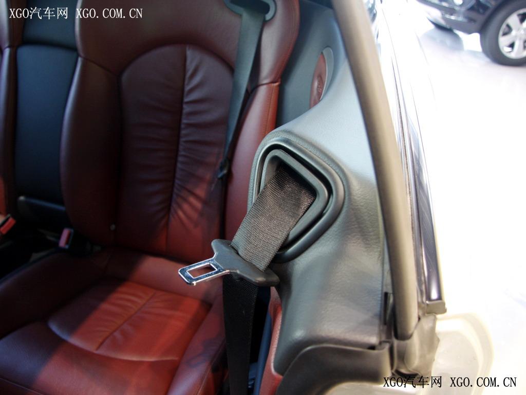 奔驰 奔驰clk clk280 敞篷跑车车厢座椅1523782高清图片