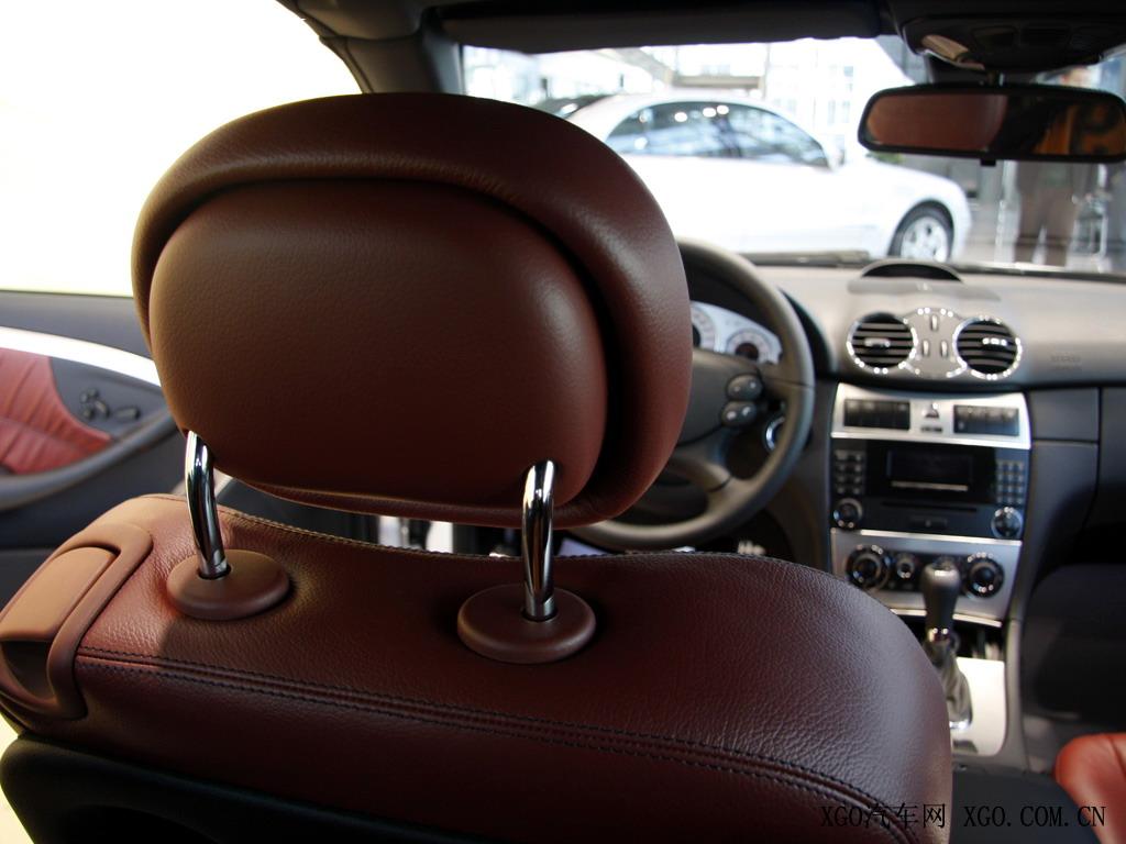 奔驰 奔驰clk clk280 敞篷跑车车厢座椅1523784高清图片