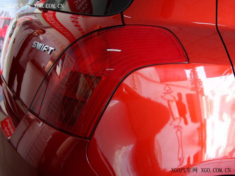 长安铃木 雨燕 1.3手动炫彩版其它与改装1618681高清图片