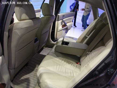 空间影响定位 8款中型车空间对比分析