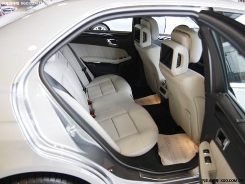 明星登场!深度评测新一代奔驰E300