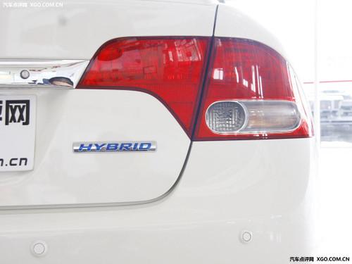 两会政策导向 2010年新能源车将获补贴